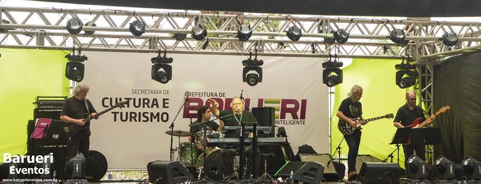 Guilherme Arantes e banda em Barueri